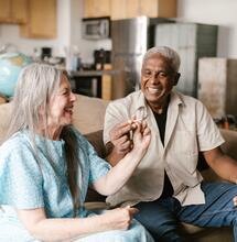CSC: Una solución para la soledad y la polifarmacia en las personas mayores
