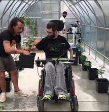 Nasce la serra automatica dove i disabili producono Cannabis