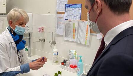 Le grand retour du cannabis dans la pharmacopée française