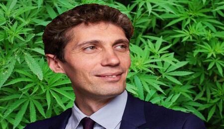Legge coltivazione personale di cannabis, intervista all'Onorevole Riccardo Magi