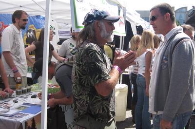 Encuentro de Jaime y Ringo, uno de los criadores americanos de CBD